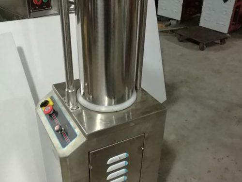 Máy làm xúc xích tự động SF-150