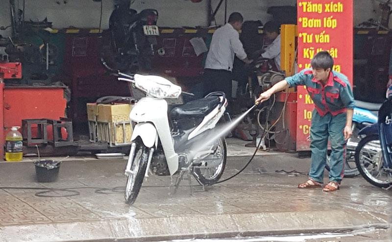 giá bộ rửa xe máy