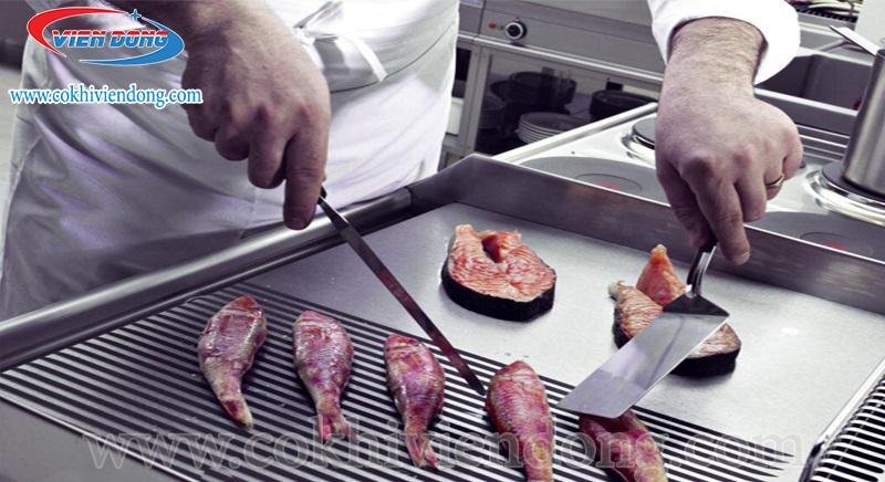 Cách chọn bếp rán mặt phẳng theo chức năng