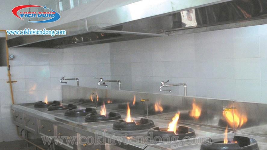 mẫu thiết kế bếp nhà hàng nhỏ