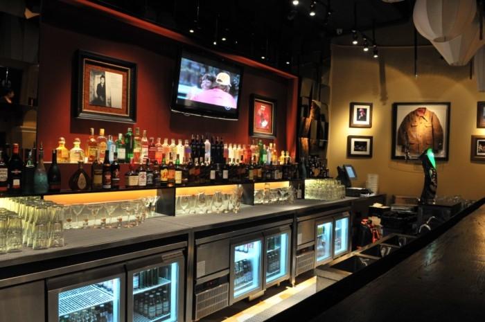 Bàn lạnh quầy bar - Sự lựa chọn thông minh giúp bảo quản đồ uống