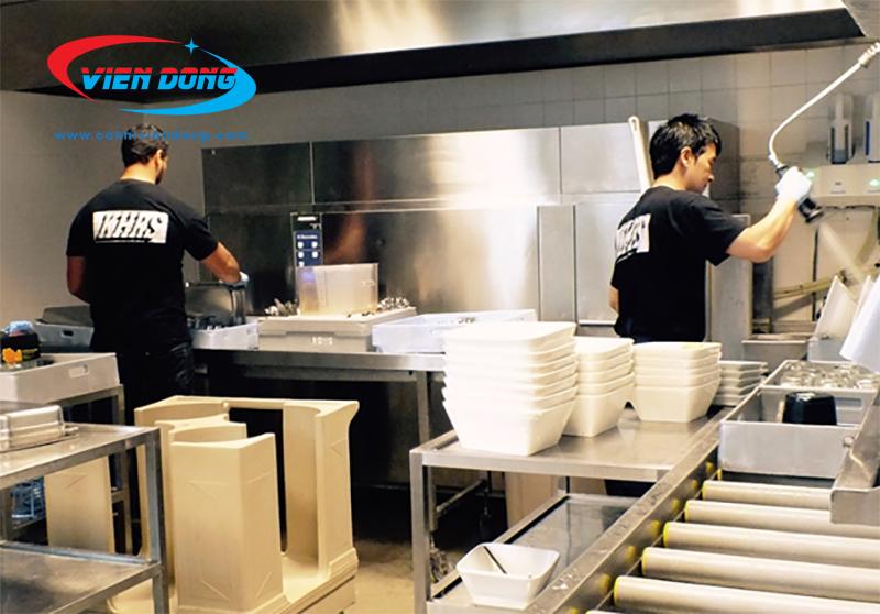 hệ thống bếp nhà hàng khu nấu chính khu rửa