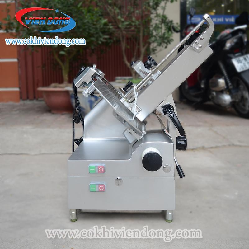 Máy thái thịt SL 300B có thể vận hành tự động vá bán tự động