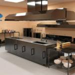 mẫu thiết kế bếp nhà hàng 3D