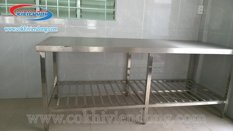 Bàn bếp inox 2 tầng 2200