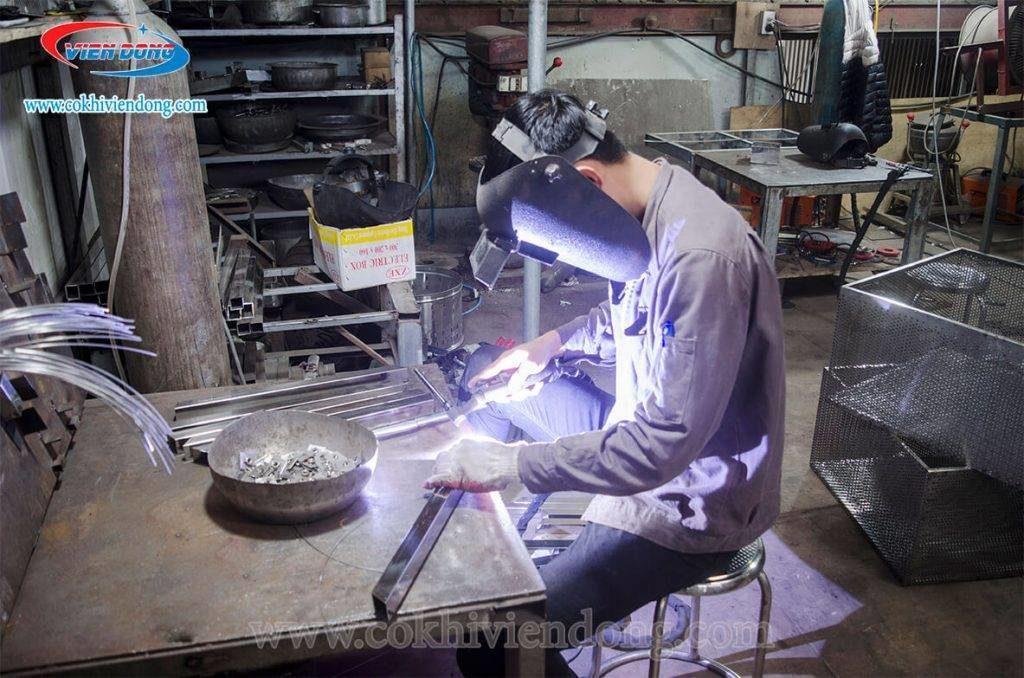 xưởng sản xuất Viễn Đông