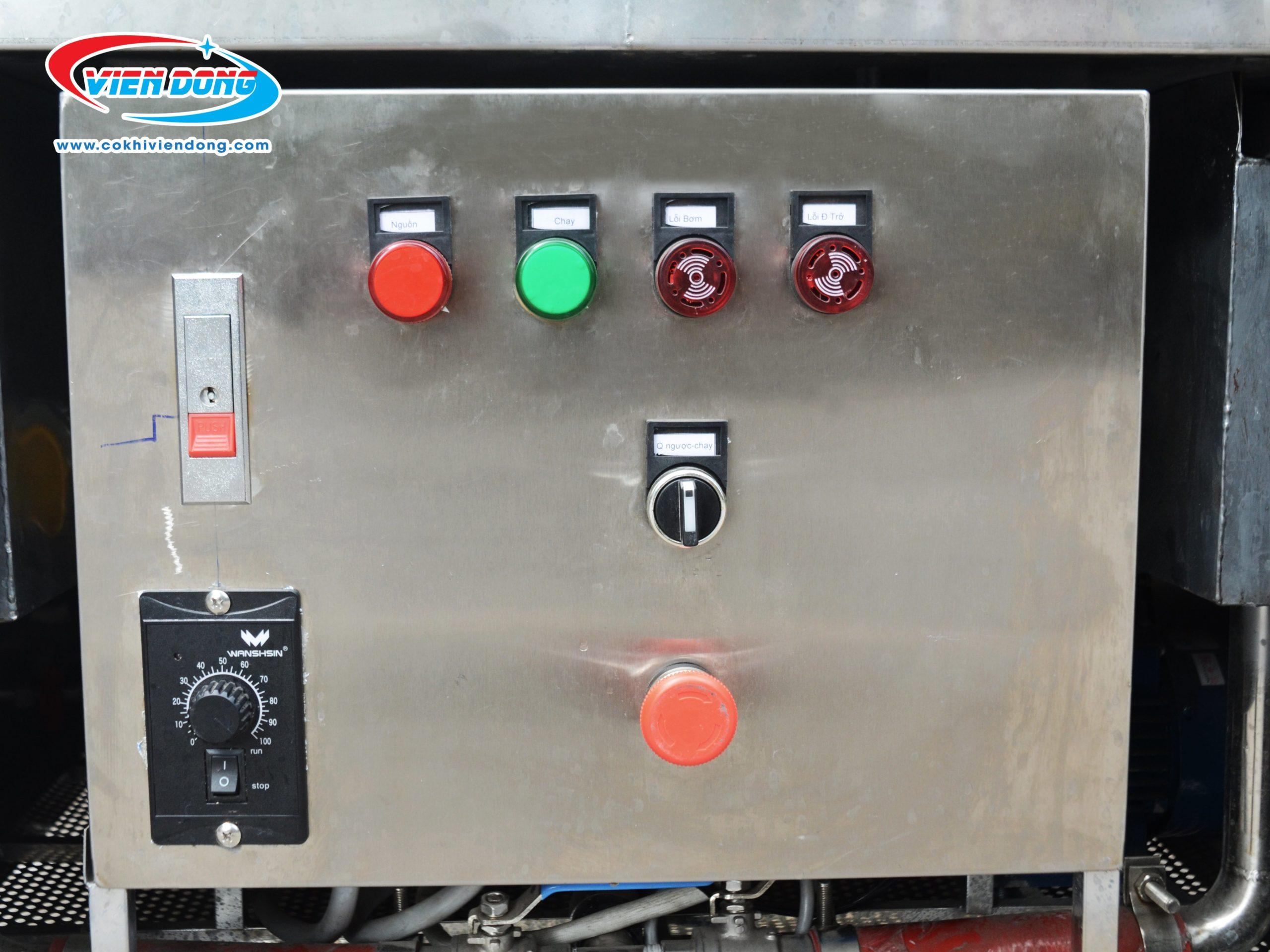 Bảng điều khiển máy rửa chén đĩa xoay VD800