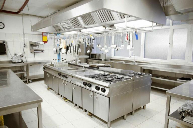 Thiết kế bếp nhà hàng theo kiểu ốc đảo