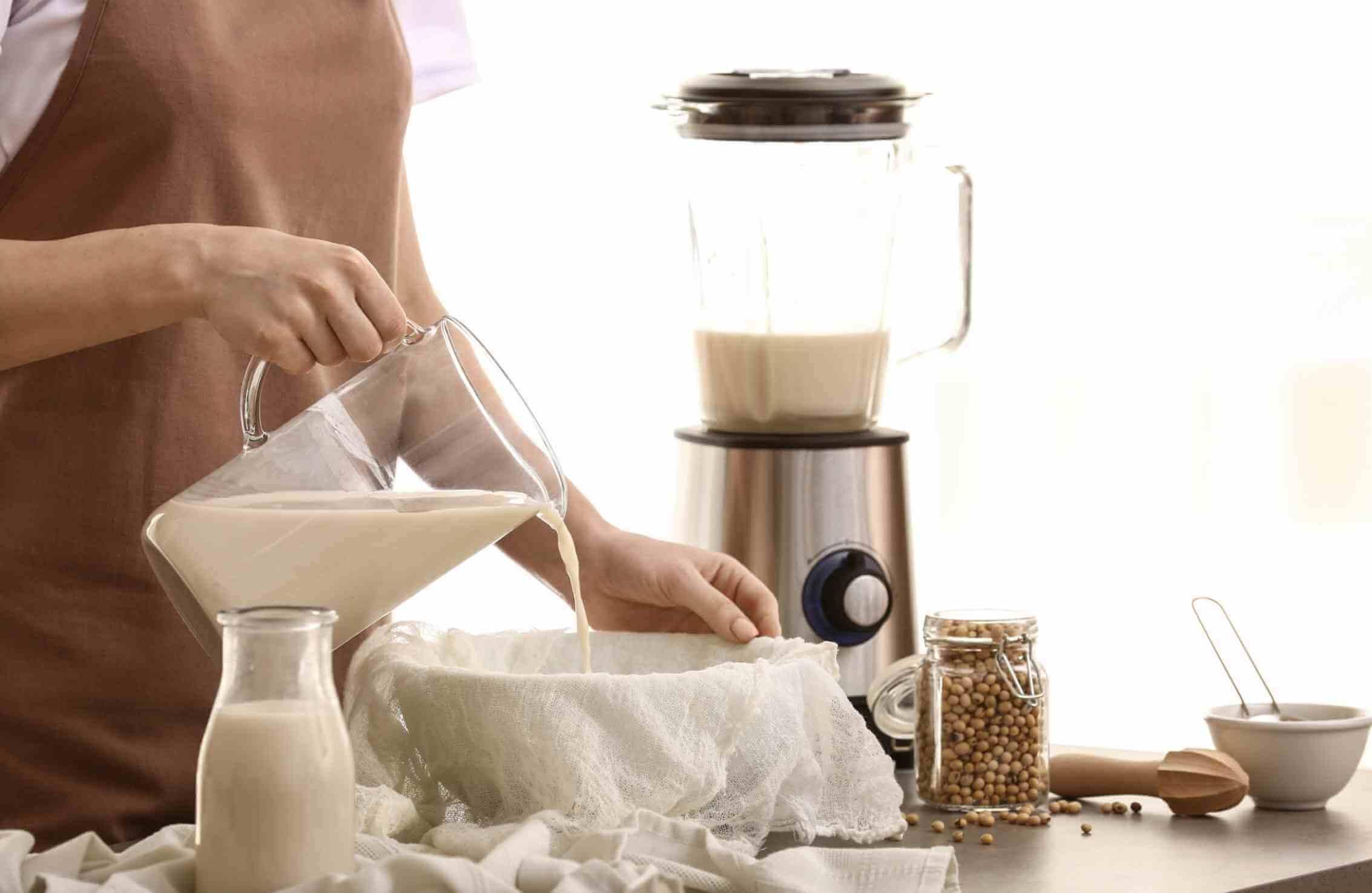 Tự nấu sữa đậu tại nhà